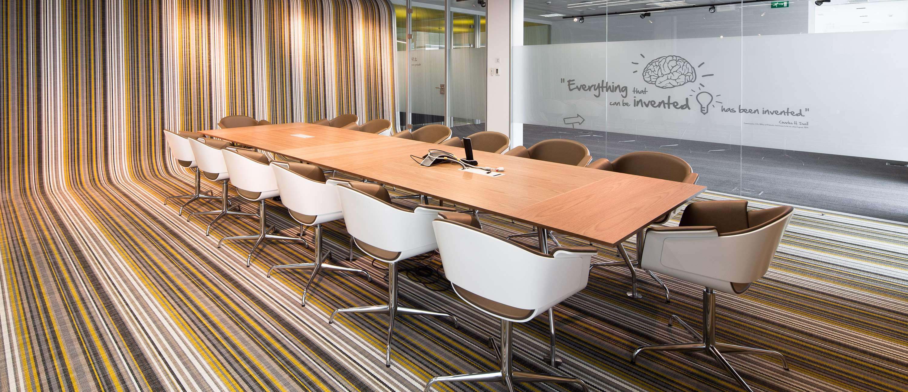 Bolon flooring in the office of Fraunhofer Office in Porto, Portugal