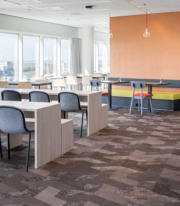 Bolon flooring in the office of Accenture in Amsterdam, Netherlands.